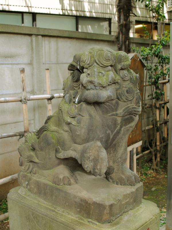 気象神社の狛犬
